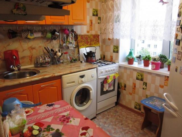 Продается 2-к квартира в копейске, коркинская ул 1